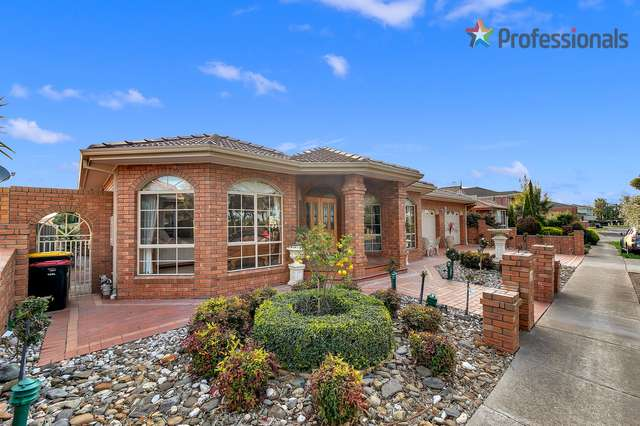 15 Torowatta Place, Burnside VIC 3023
