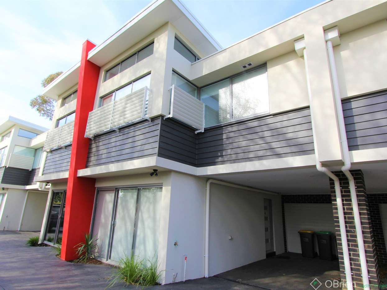 Main view of Homely townhouse listing, 8/232 Settlement Road, Cowes, VIC 3922