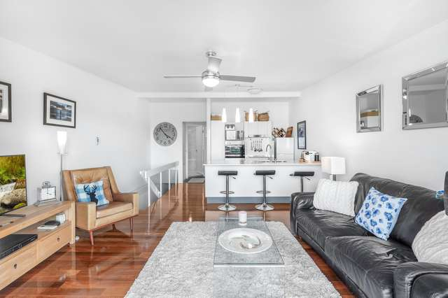 4/11 Arnold Street, Manly QLD 4179