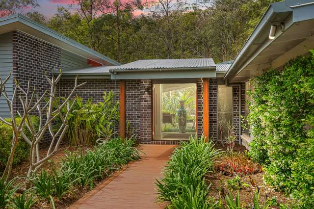 9 Sylvaterre Court, Samford Valley QLD 4520