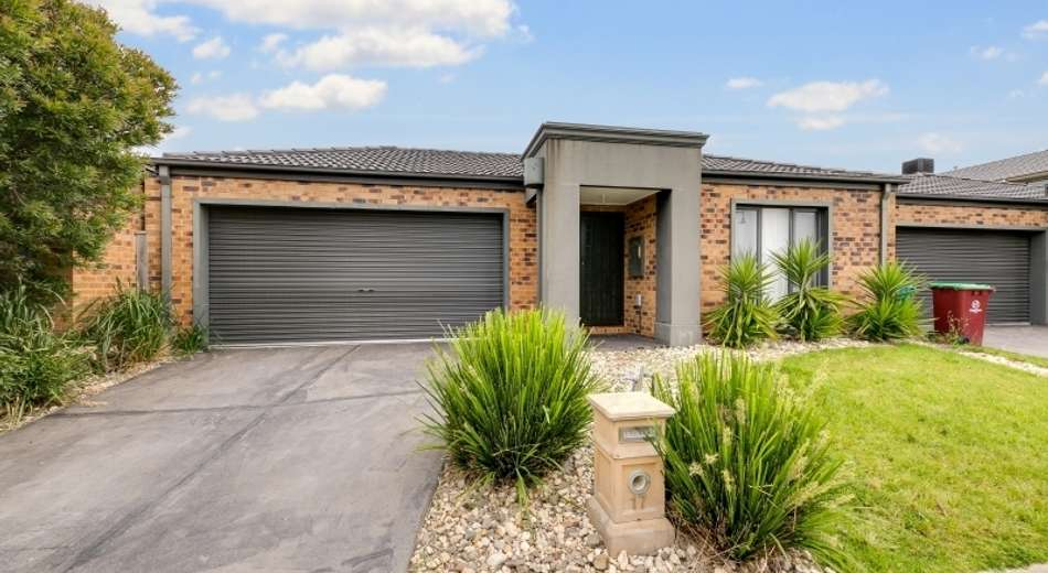 17 Beechtree Way, Cranbourne North VIC 3977