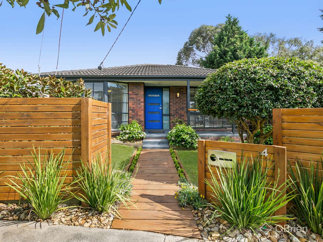 Main view of Homely house listing, 4 Turnberry Court, Frankston, VIC 3199