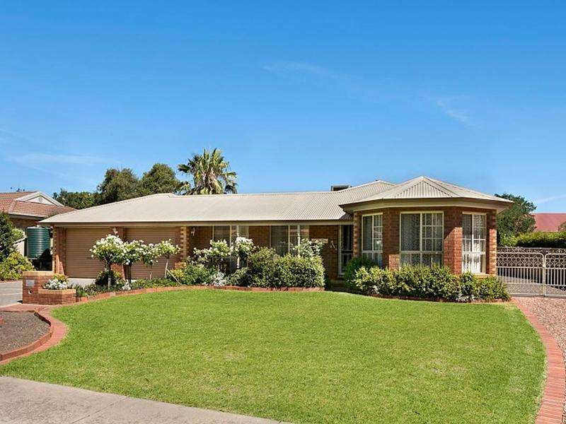 Main view of Homely house listing, 12 Campaspe Mews, Strathdale, VIC 3550