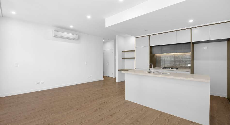 909/81A Lord Sheffield Circuit, Penrith NSW 2750