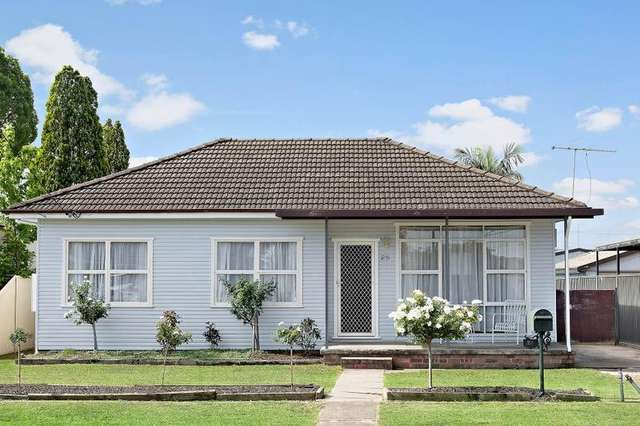 25 Gregory Avenue, Oxley Park NSW 2760
