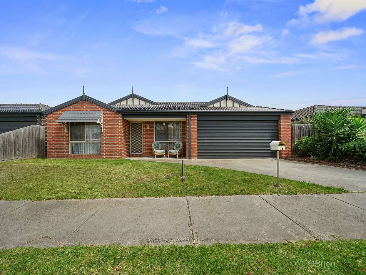 Main view of Homely house listing, 76 Calais Circuit, Cranbourne West, VIC 3977