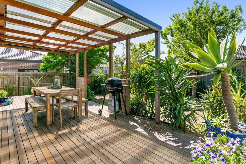 Fifth view of Homely house listing, 17 Wendel Court, Carrum Downs VIC 3201