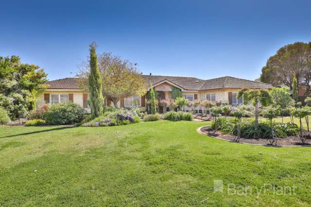 3 Snowy Avenue, Red Cliffs VIC 3496