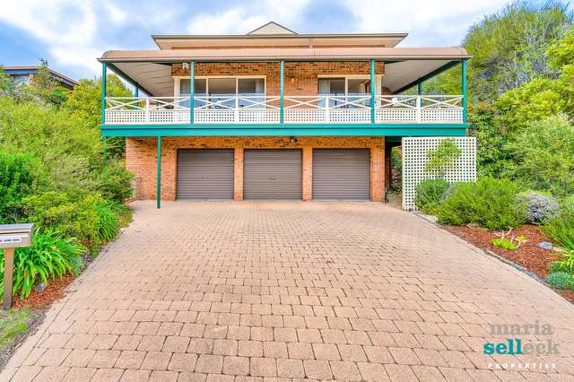 8 Whitty Crescent, Isaacs ACT 2607