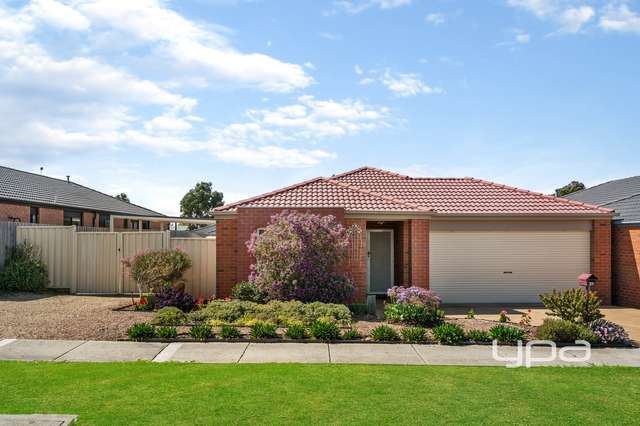 21 Fingleton Crescent, Sunbury VIC 3429