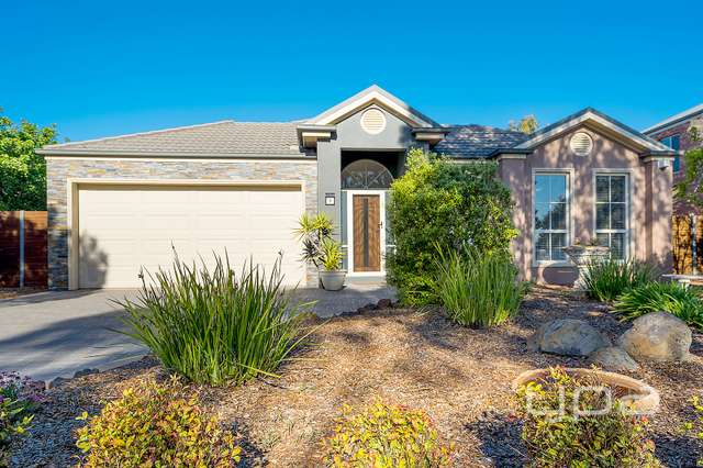 9 Grapeview Grove, Sunbury VIC 3429