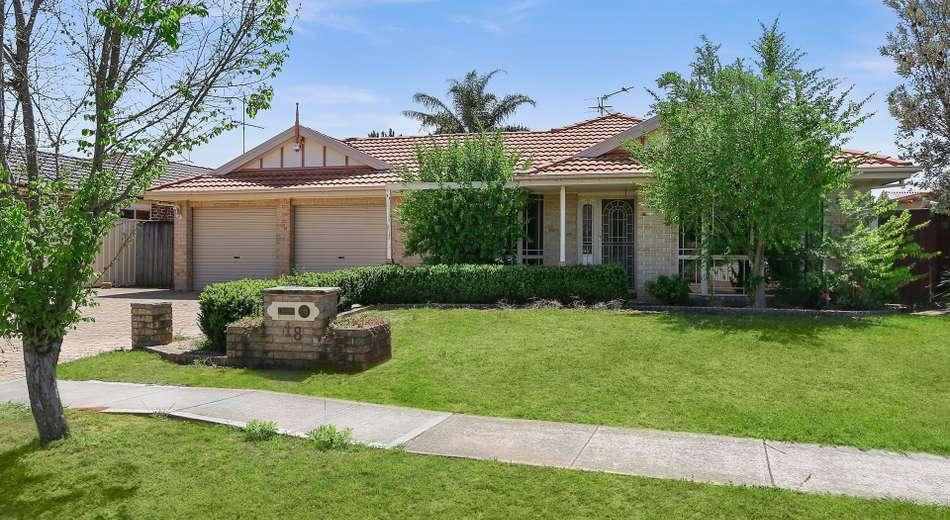 18 William Mannix Avenue, Currans Hill NSW 2567