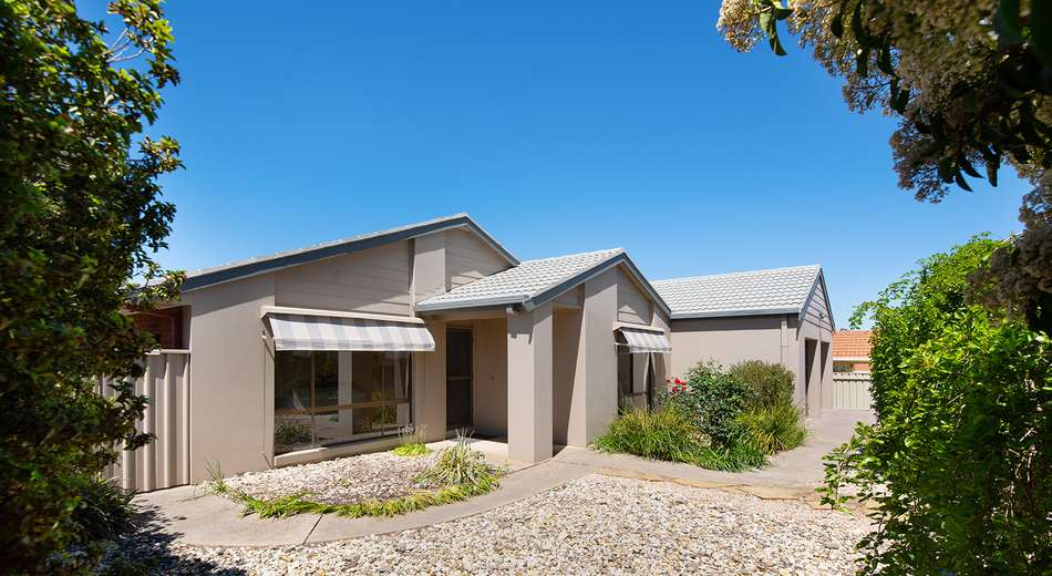 10 Maltby Drive, Castlemaine VIC 3450