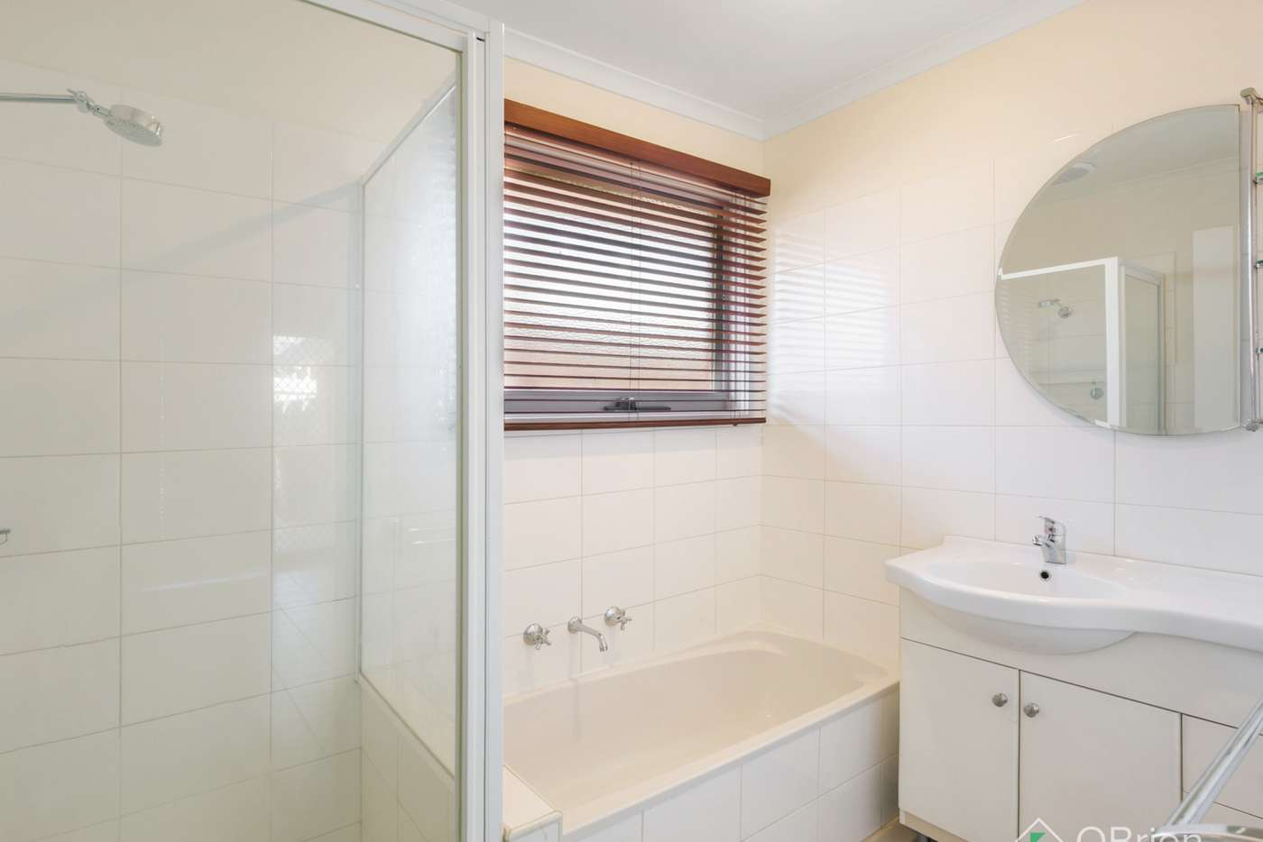 Seventh view of Homely house listing, 4 Juliana Drive, Carrum Downs VIC 3201