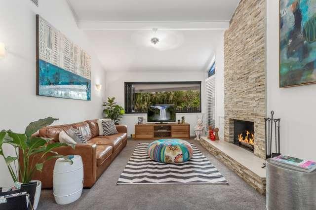 2 Sturt Court, Mount Ommaney QLD 4074
