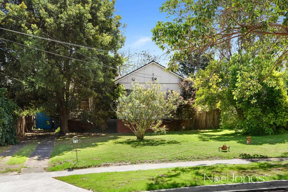 Second view of Homely house listing, 3 Ramu Grove, Ashburton VIC 3147
