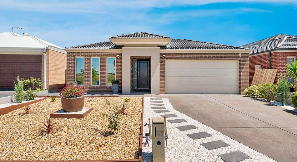 120 Mountainview Boulevard, Cranbourne North VIC 3977