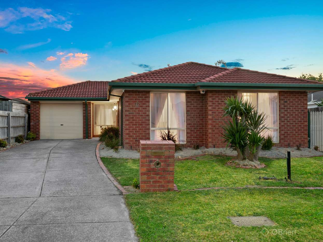Main view of Homely house listing, 6 Lady Penrhyn Close, Cranbourne West, VIC 3977