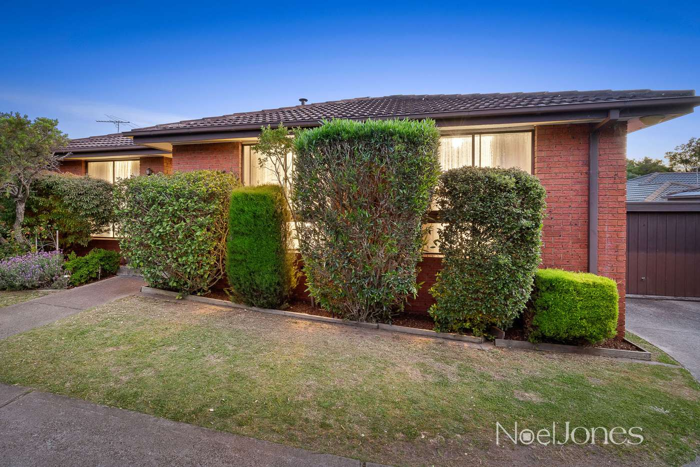 Main view of Homely unit listing, 2/23 Edwards Street, Burwood, VIC 3125