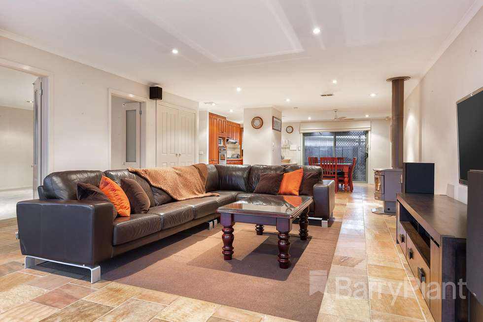Second view of Homely house listing, 34 Elmsford Court, Keysborough VIC 3173