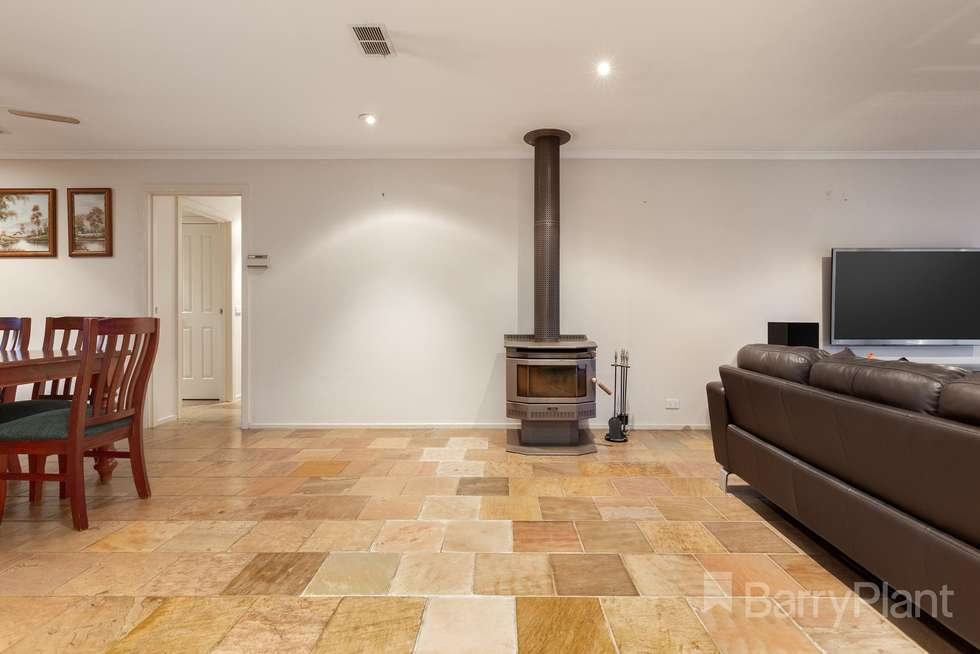 Fourth view of Homely house listing, 34 Elmsford Court, Keysborough VIC 3173