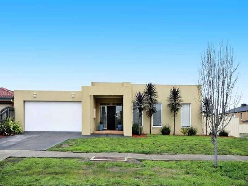 Main view of Homely house listing, 28 Langmore Drive, Hillside, VIC 3037