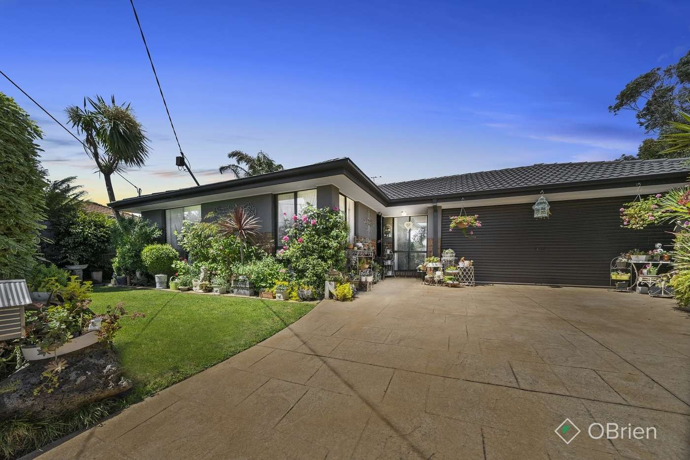 Main view of Homely house listing, 6 Dean Court, Carrum Downs, VIC 3201