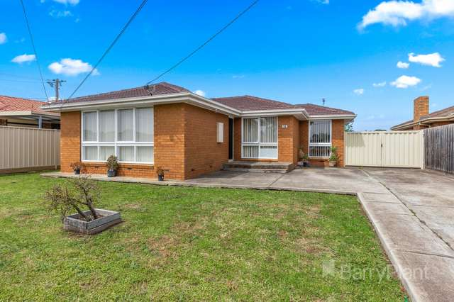 12 Cromwell Road, Kings Park VIC 3021