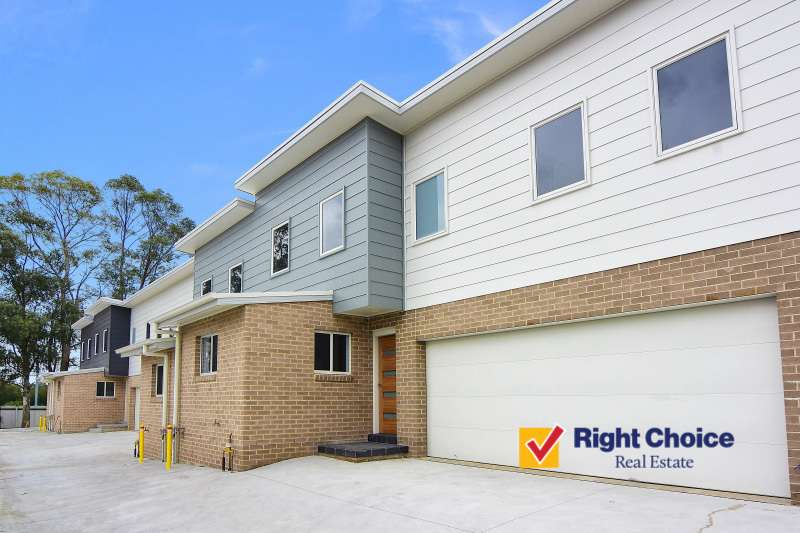 Main view of Homely townhouse listing, 5/305 Princes Highway, Albion Park Rail, NSW 2527