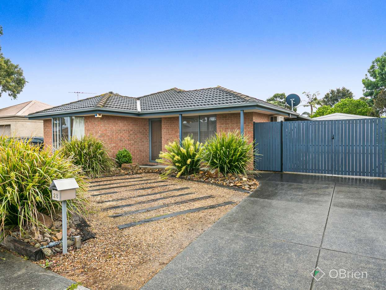 Main view of Homely house listing, 28 Fernwren Place, Carrum Downs, VIC 3201