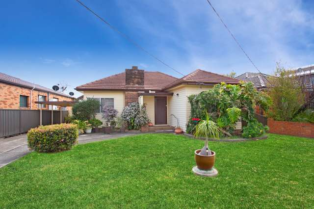 22 Buckland Street, Greenacre NSW 2190