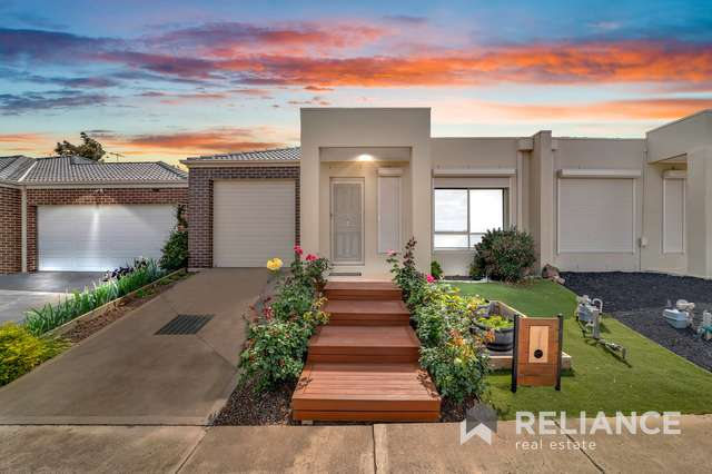 1/3 Weeks Avenue, Harkness VIC 3337