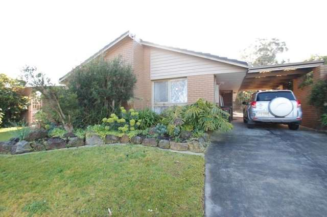 5 Cotoneaster Court, Wheelers Hill VIC 3150