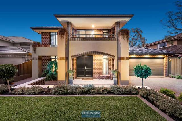 9 Holly Green Drive, Wheelers Hill VIC 3150