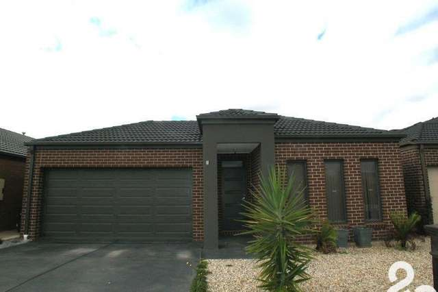 18 Songbird Crescent, South Morang VIC 3752
