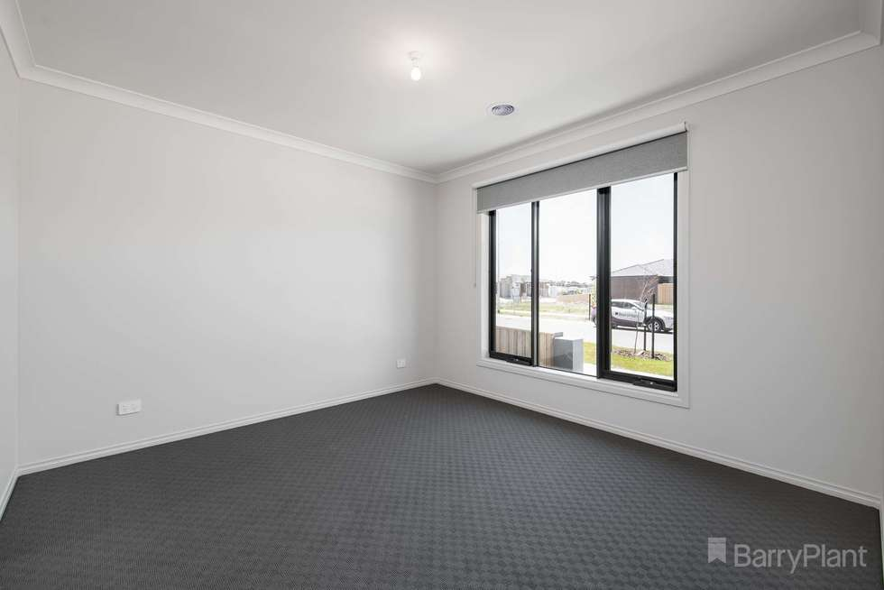 Fifth view of Homely house listing, 47 Hunt Way, Pakenham VIC 3810