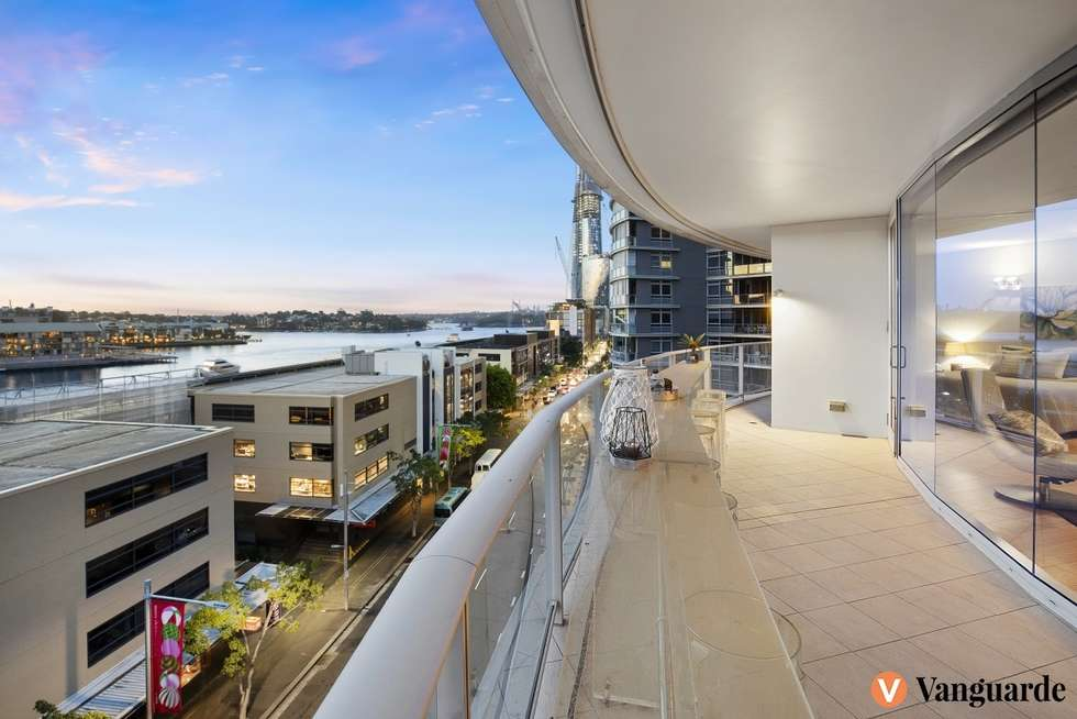 Third view of Homely apartment listing, 704/35 Shelley Street, Sydney NSW 2000