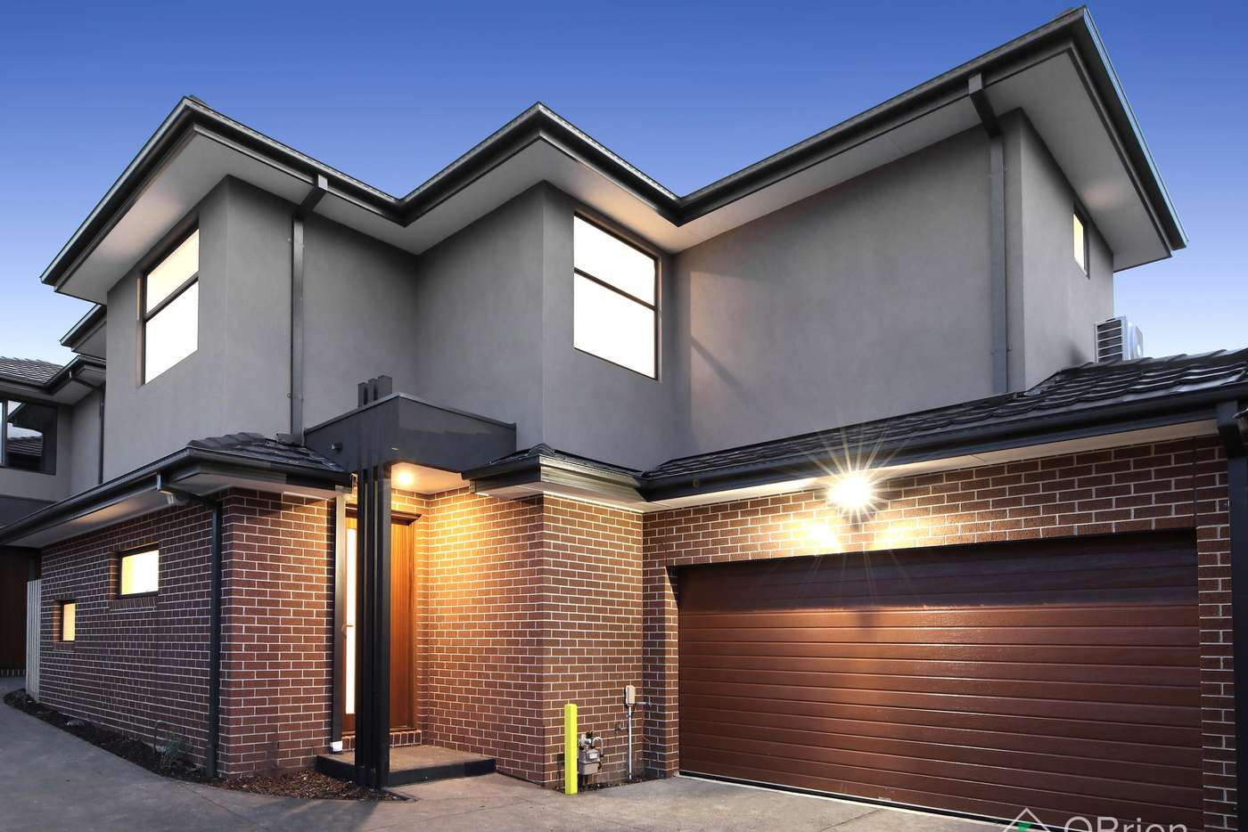 Main view of Homely townhouse listing, 2/27 Cameron Avenue, Oakleigh South VIC 3167