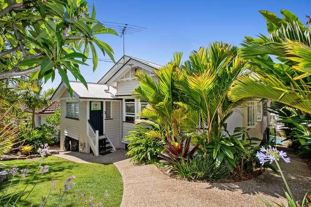 8 Percival Terrace, Holland Park QLD 4121