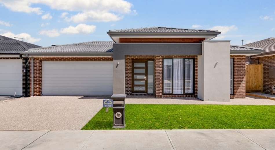 16 Ravenswood Avenue, Clyde VIC 3978