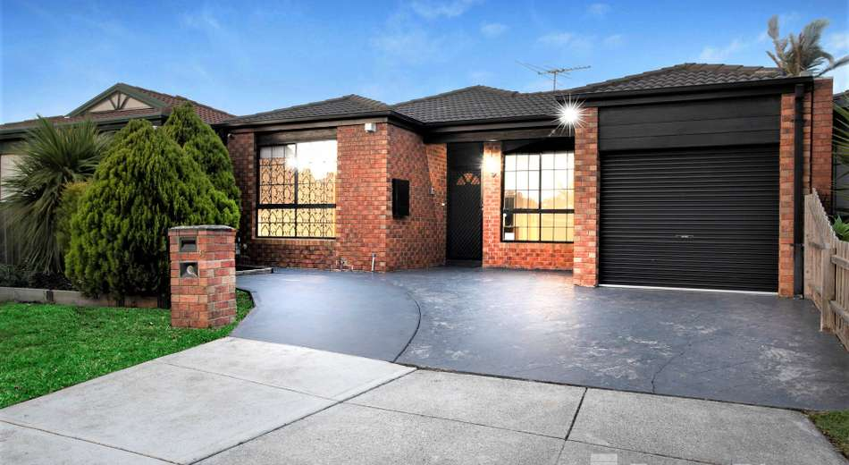 35 Rostron Way, Roxburgh Park VIC 3064