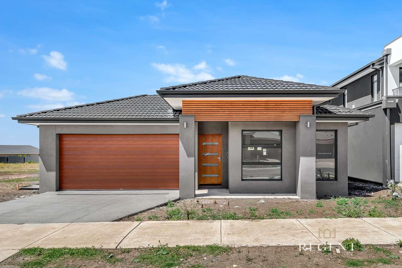 Main view of Homely house listing, 7 Daybreak Vista, Craigieburn, VIC 3064