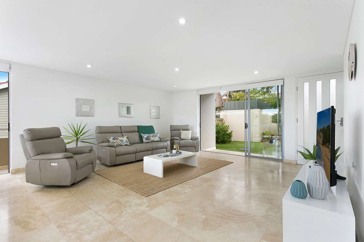 Main view of Homely townhouse listing, 2/237 Burraneer Bay Road, Caringbah South NSW 2229