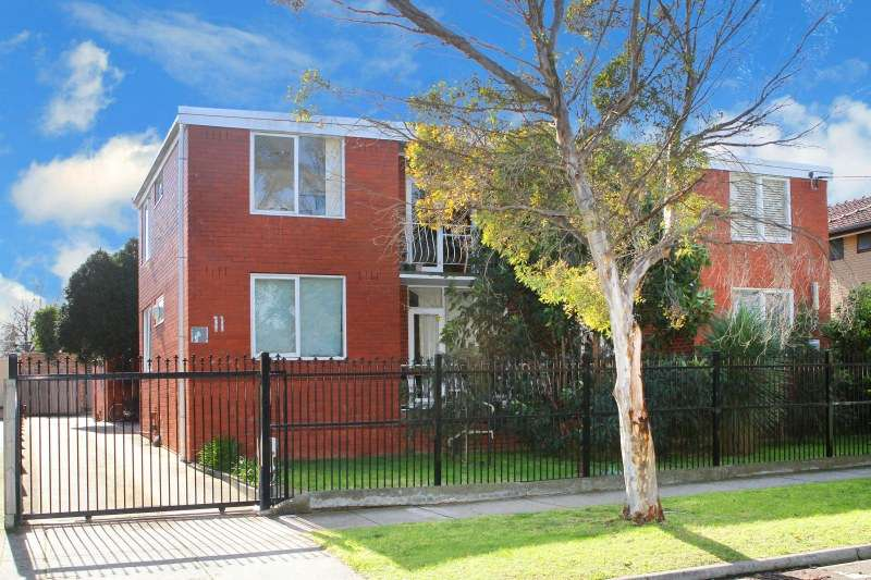 Main view of Homely apartment listing, 8/11 Christmas Street, Northcote, VIC 3070