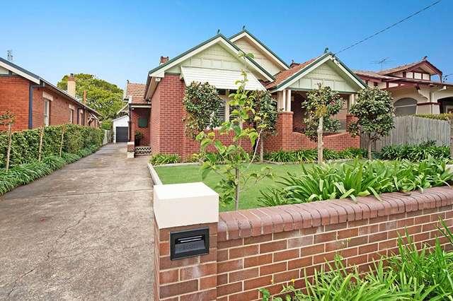 17 Silsoe Street, Hamilton South NSW 2303