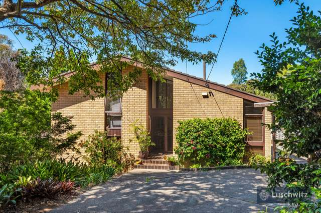 11 Phillip Road, St Ives NSW 2075