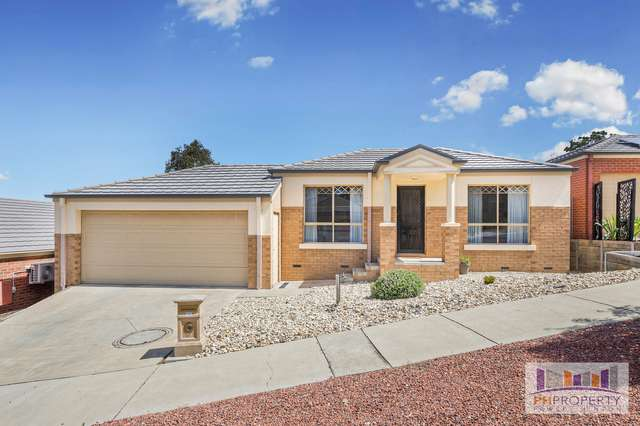 13 Rosewood Mews, Golden Square VIC 3555