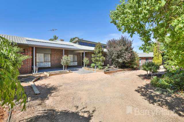 79 Little Cowra Road, Yelta VIC 3505