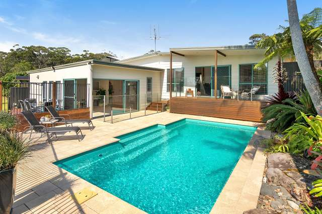 8 Arrawarra Road, Arrawarra Headland NSW 2456