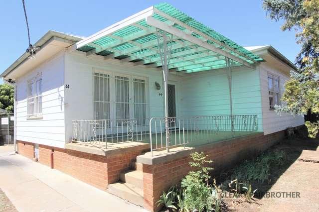 44 Lyal Street, Bathurst NSW 2795